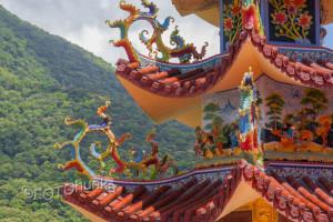 Tempel mitten in der Natur - optimale Reisezeit für Taiwan