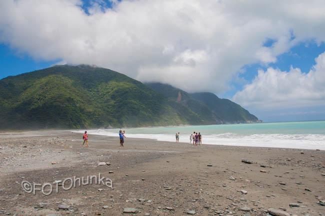 Vulkanstrand an Taiwans Ostküste - die optimale Reisezeit für Taiwan bei TRAVELhunka